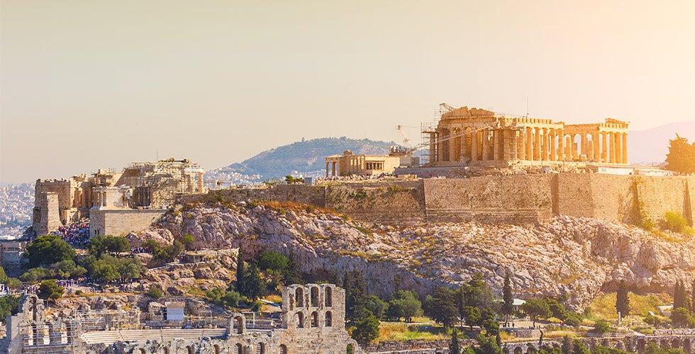 Halvat lennot ja hotellit Ateena Travellinkilta