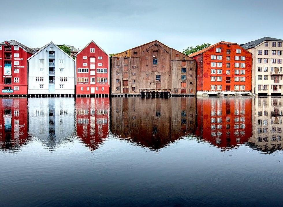 Halvat lennot ja hotellit Trondheim Travellinkilta
