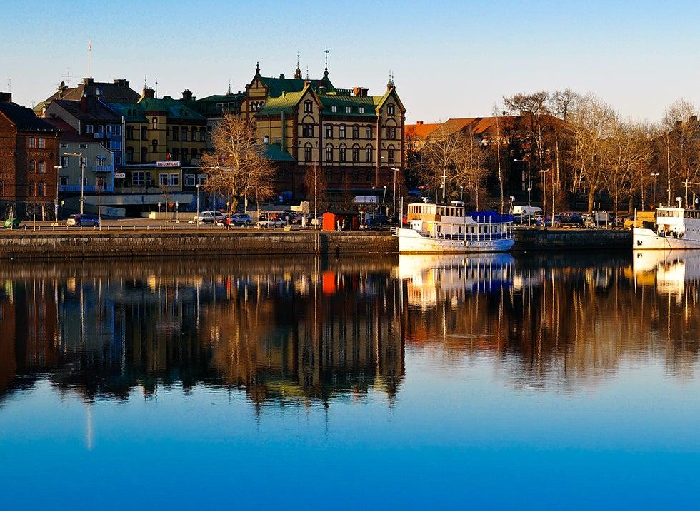 Halvat lennot ja hotellit Umeå Travellinkilta